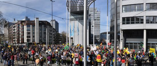 Anti Atom Demonstration vor RWE Zentrale